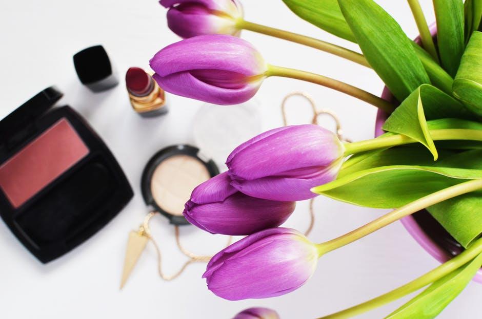 Cosmetics store | Nikki's talk