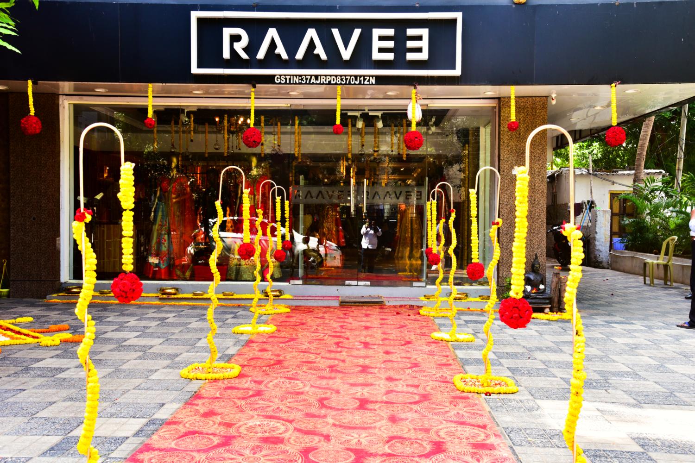 Raavee couture